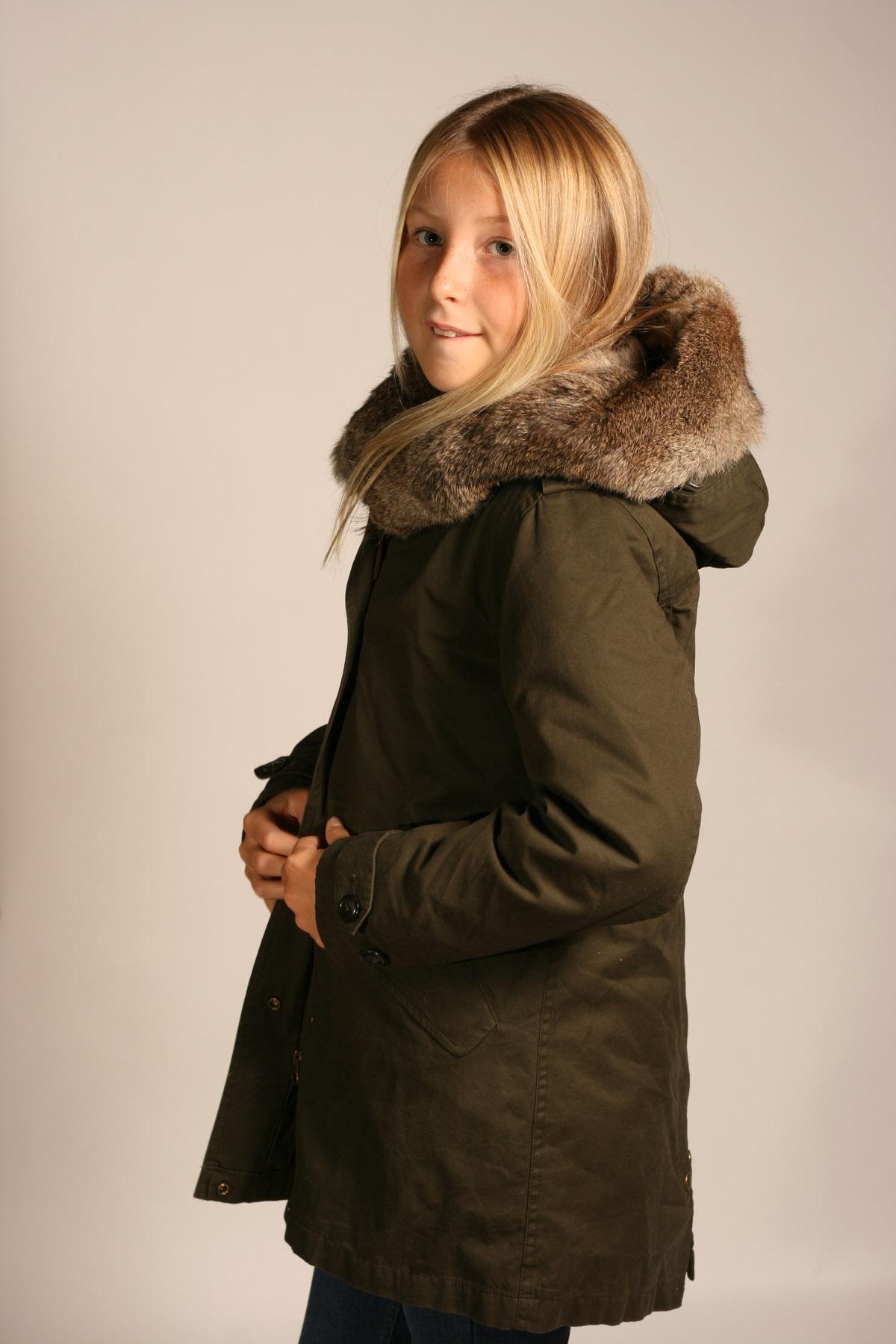 c4e41357781c Parka med pälshuva » Barnkläder, Babykläder och Barnskor online ...